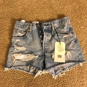 Levi 501 jean shorts. New w/ tags.